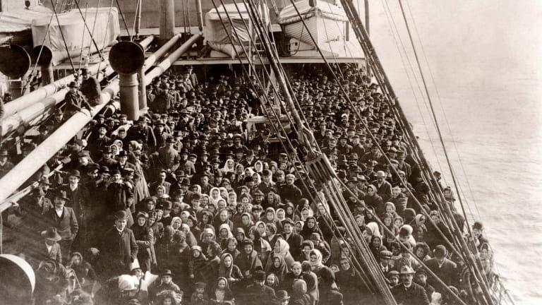 Early Immigrants - Ellis Island, USA
